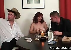 strip poker leads to threesome with hot granny