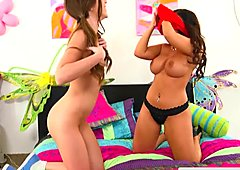 Lesbo stepmom rimmed and muff toyed by teen