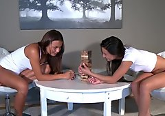 Girlfriends Lesbian brunettes play fisting game