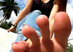 smell feet pov