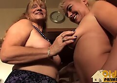 Lesbos in Bed