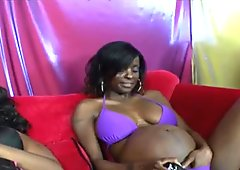 Pregnant lesbian babes licking pussies in foursome
