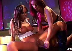 Lesbians gertting it on and the ass gets it deep in