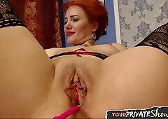 Close up cam masturbating european chick
