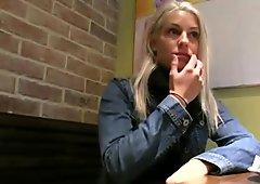 Blonde amateur convinced for public sex