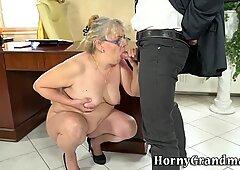 Fat grandma takes cumshot