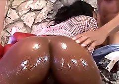 Warm Creampie Inside Black Pussy