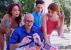 Mom partner s ally anniversary first time Awesome 4th Of July Threesome - Aspen Rae