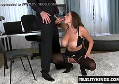 RealityKings - Monster curves - (James Brossman, sensual Jane) - All That butt